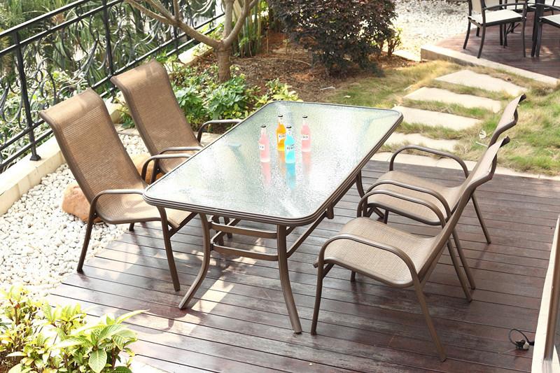Muebles al aire libre del jard n del dise o moderno for Diseno de muebles de jardin al aire libre