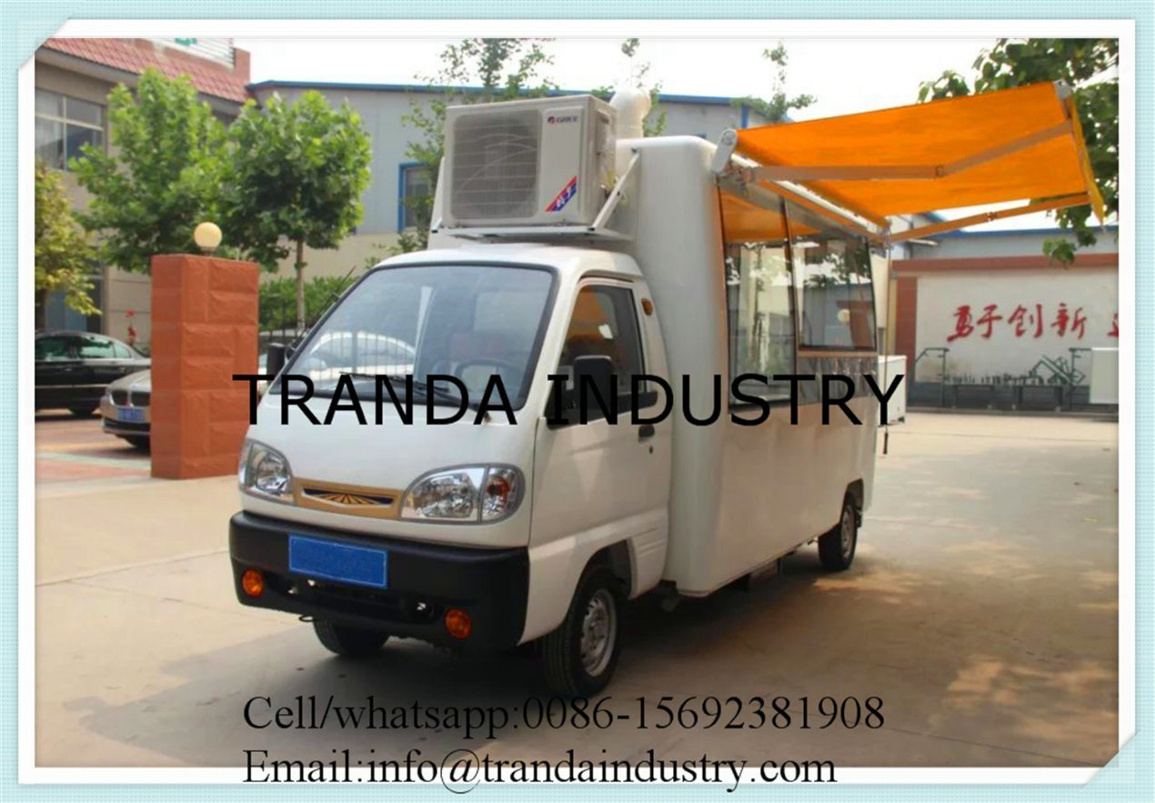 Mobile Kitchen Pizza Oven Trailer Mobile Restaurant Hot Dog Kiosk with Awnings