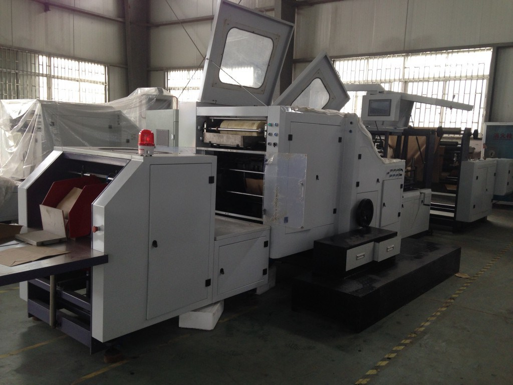 CE-Paper Bag Making Machine with Window