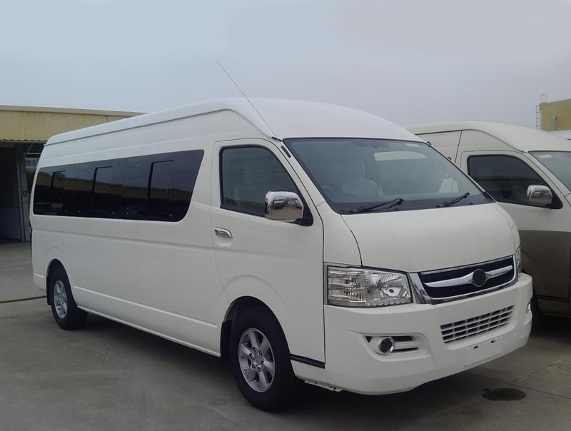 6m Diesel Hiace Commercial Van with 18 Seats