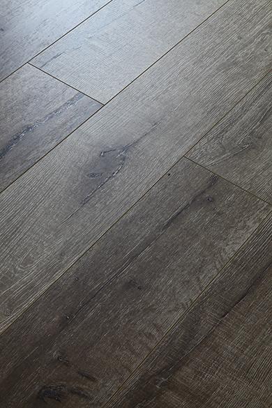 Eir Oak Laminate Flooring AC3/AC4 HDF E1