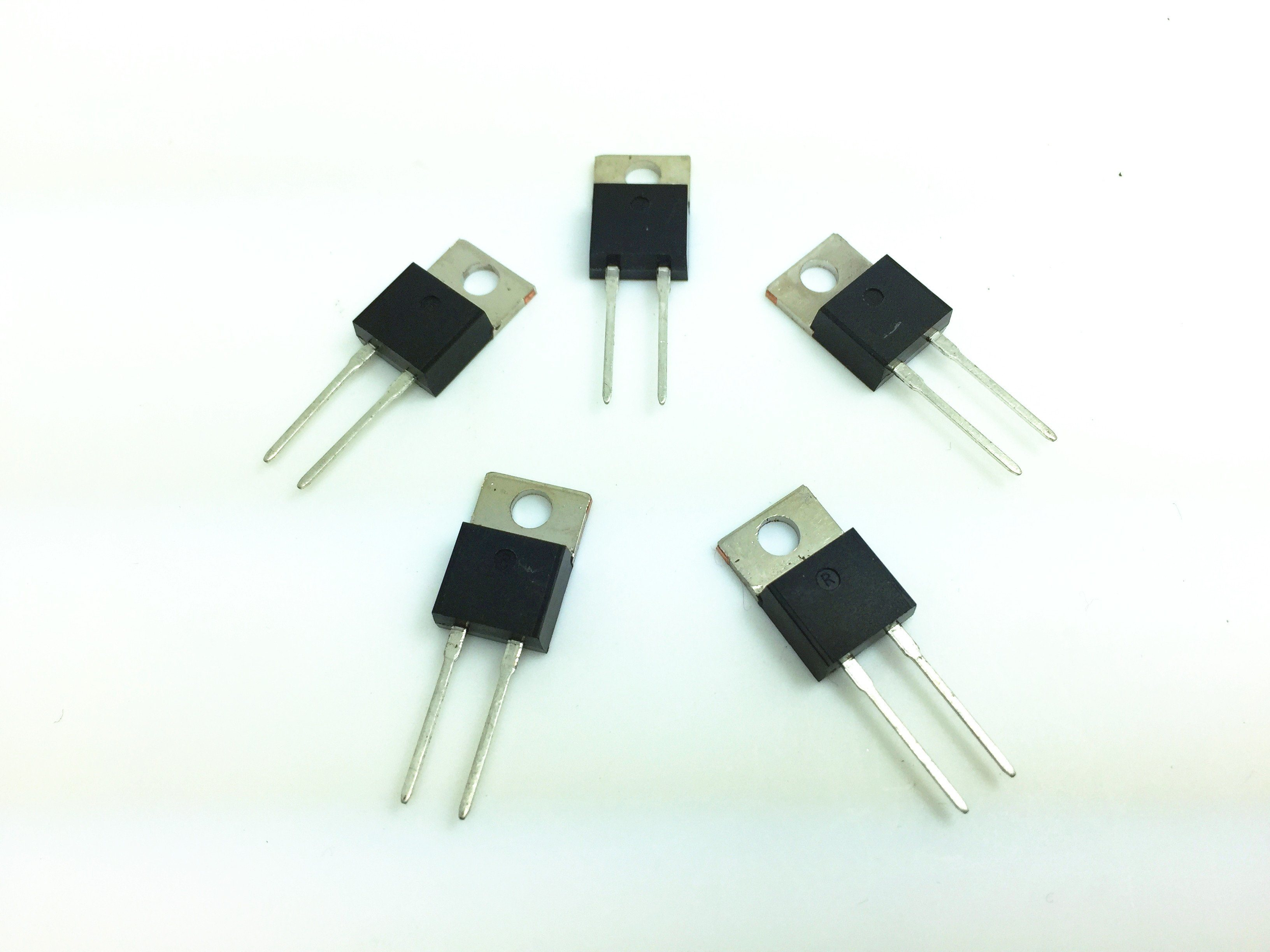 25 Watt To220 Package Thick Film Power Resistor