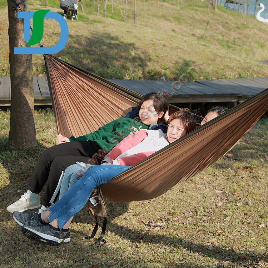 Wholesale Portable Outdoor Traveling Camping Nylon Fabric Hanging Hammock