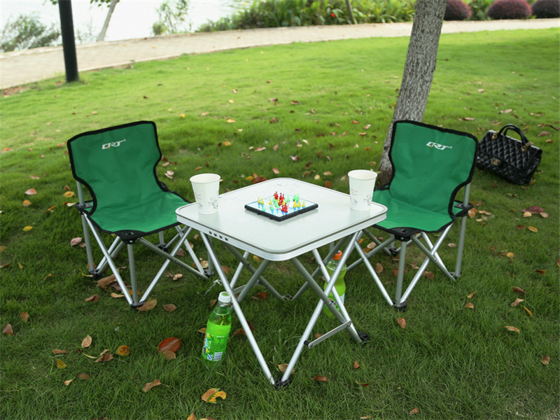 Portable Camp / Beach Chair Perfect for Beach, Camping, Backpacking, & Outdoor Festivals