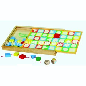 Wooden Lacing Shape Bead Game (81409)