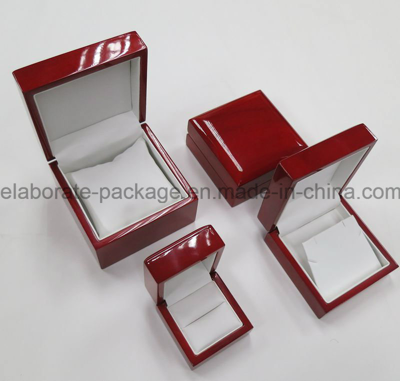 Luxury Mahogany Single Wooden Watch Pack Box