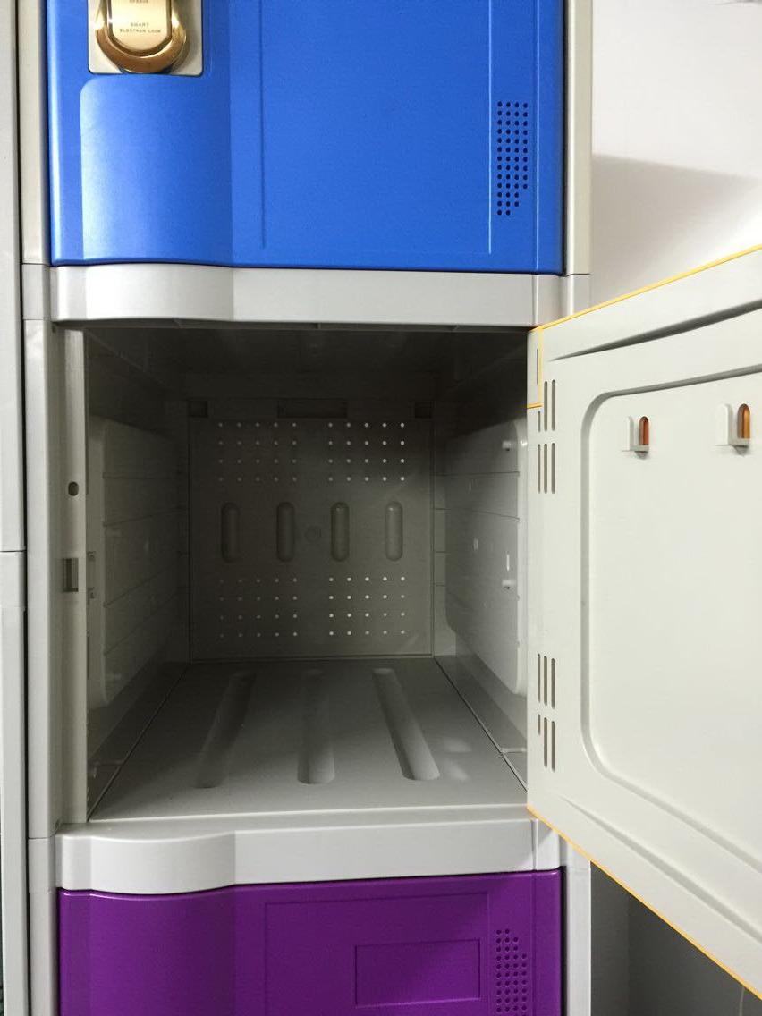 6 Door Locker Cabinet