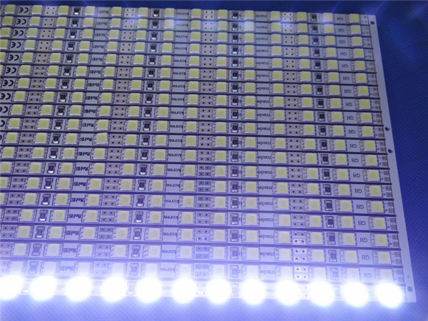 Factory Direct LCD Panel 5054 LED Backlight for Computer