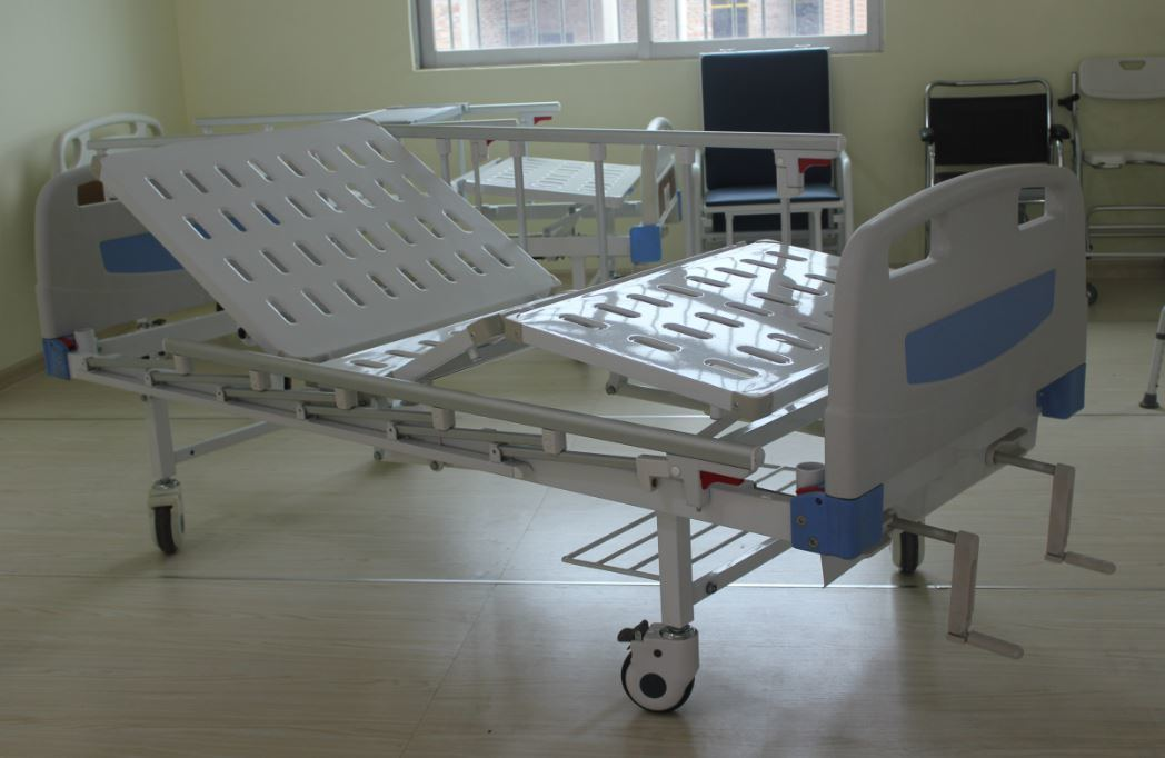 Two-Crank Manual Medical Bed (SK-MB108)