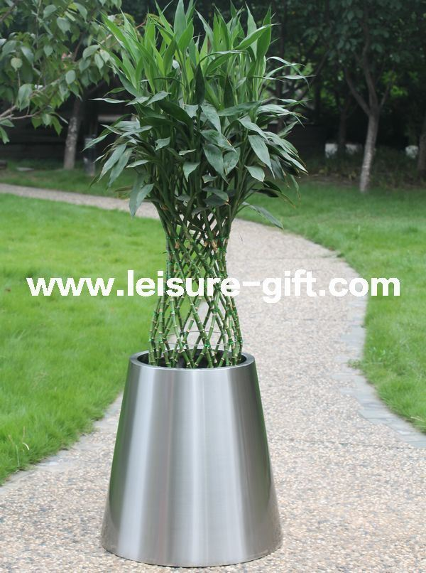 Stainless Steel Flower Pot Conical Garden Planter & Pot (Fo-9024)