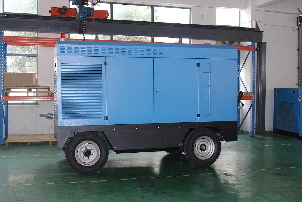 4 Wheels Diesel Engine Portable Rotary Screw Air Compressor