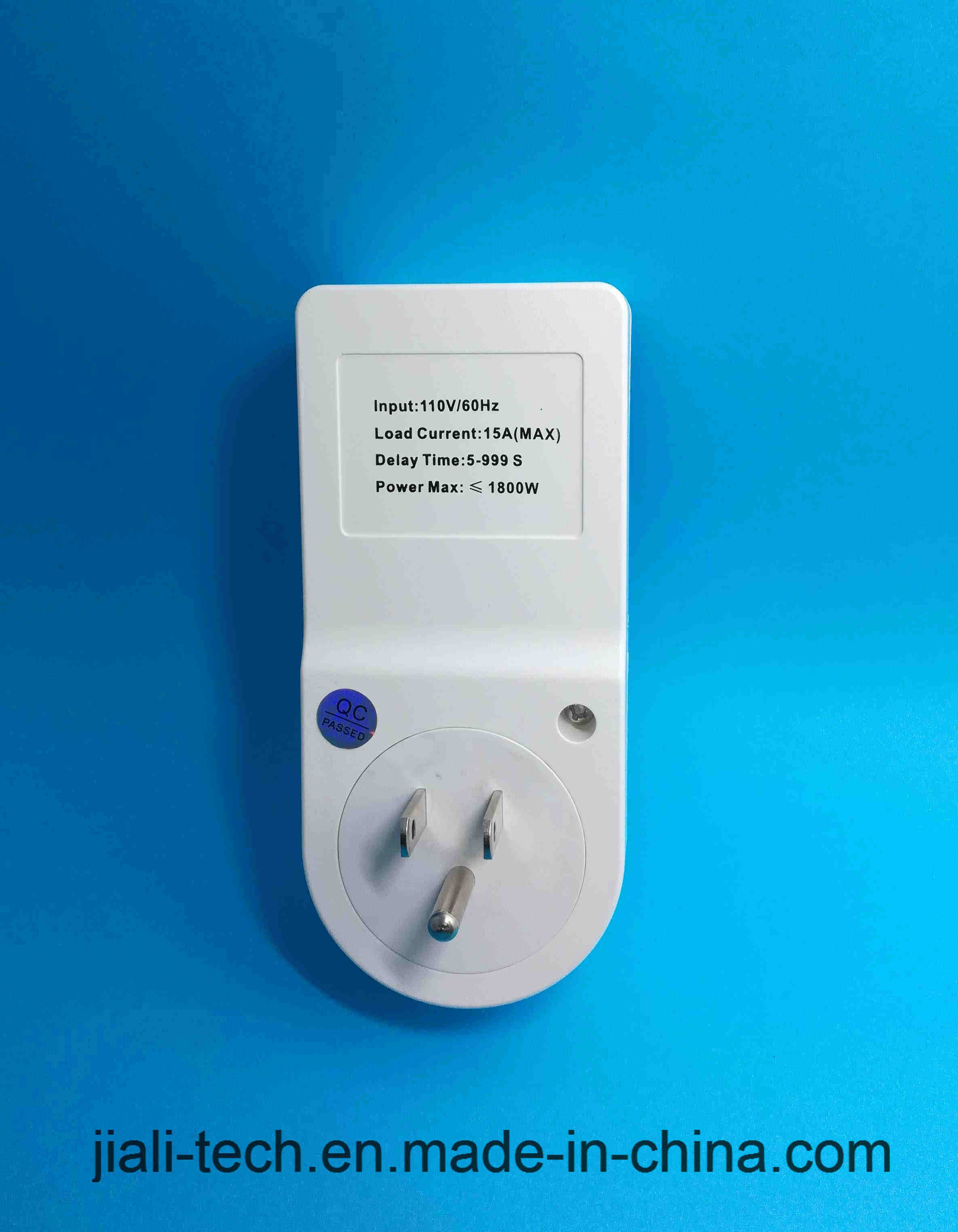 Automatic Power Voltage Protector with LED Digital Display 15A Us Socket