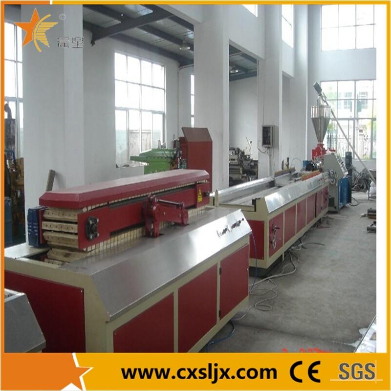 Plastic Machine Wood Plastic Profile Extruding Machine