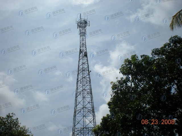 High Quality Communication Three Legs Tube Lattice Tower