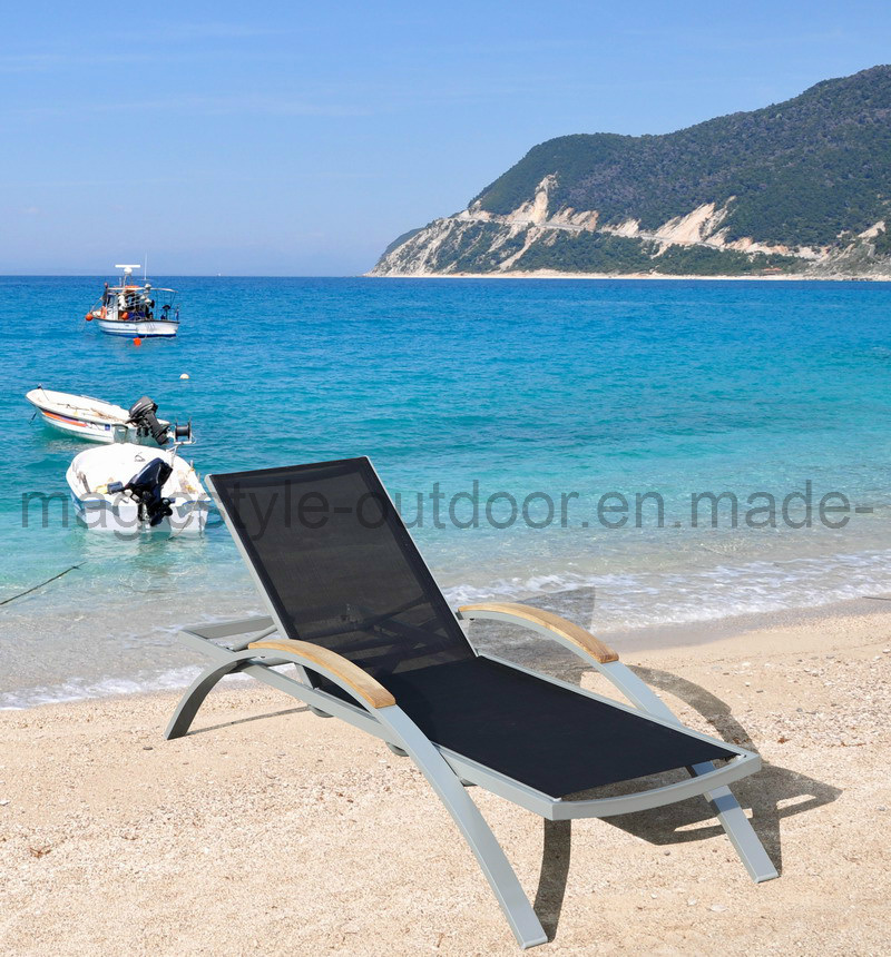 Rattan Outdoor Sunlounges