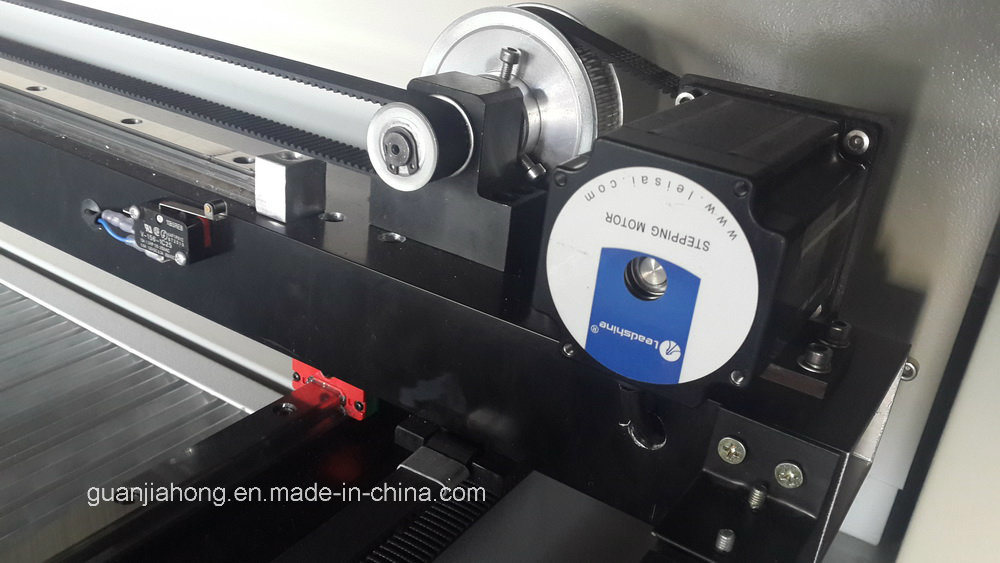 Wood, Acrylic, Metal, Leather, Fabric, CO2 Laser Engraving Machine