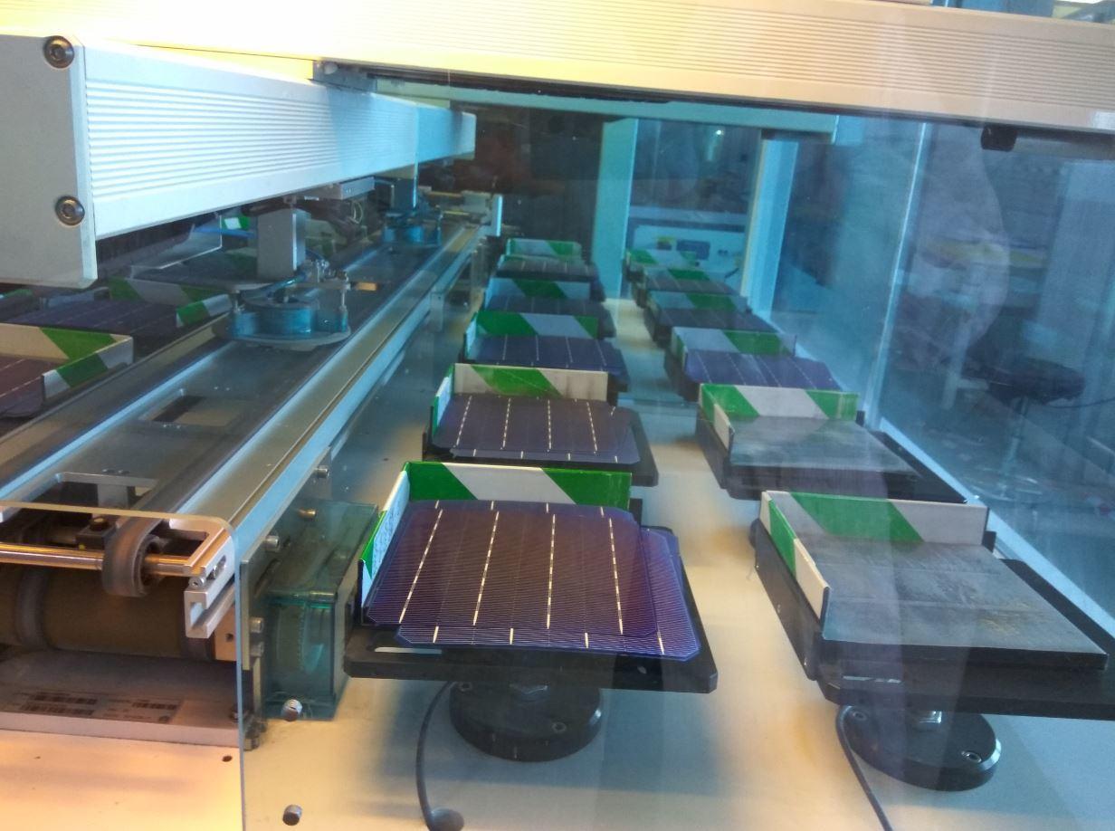 Pid Resistant High Efficiency Polycrystalline Silicon PV Solar Cells