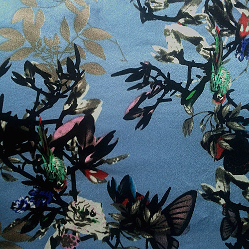 19m/M Silk Satin Print in Flowers Birds Design