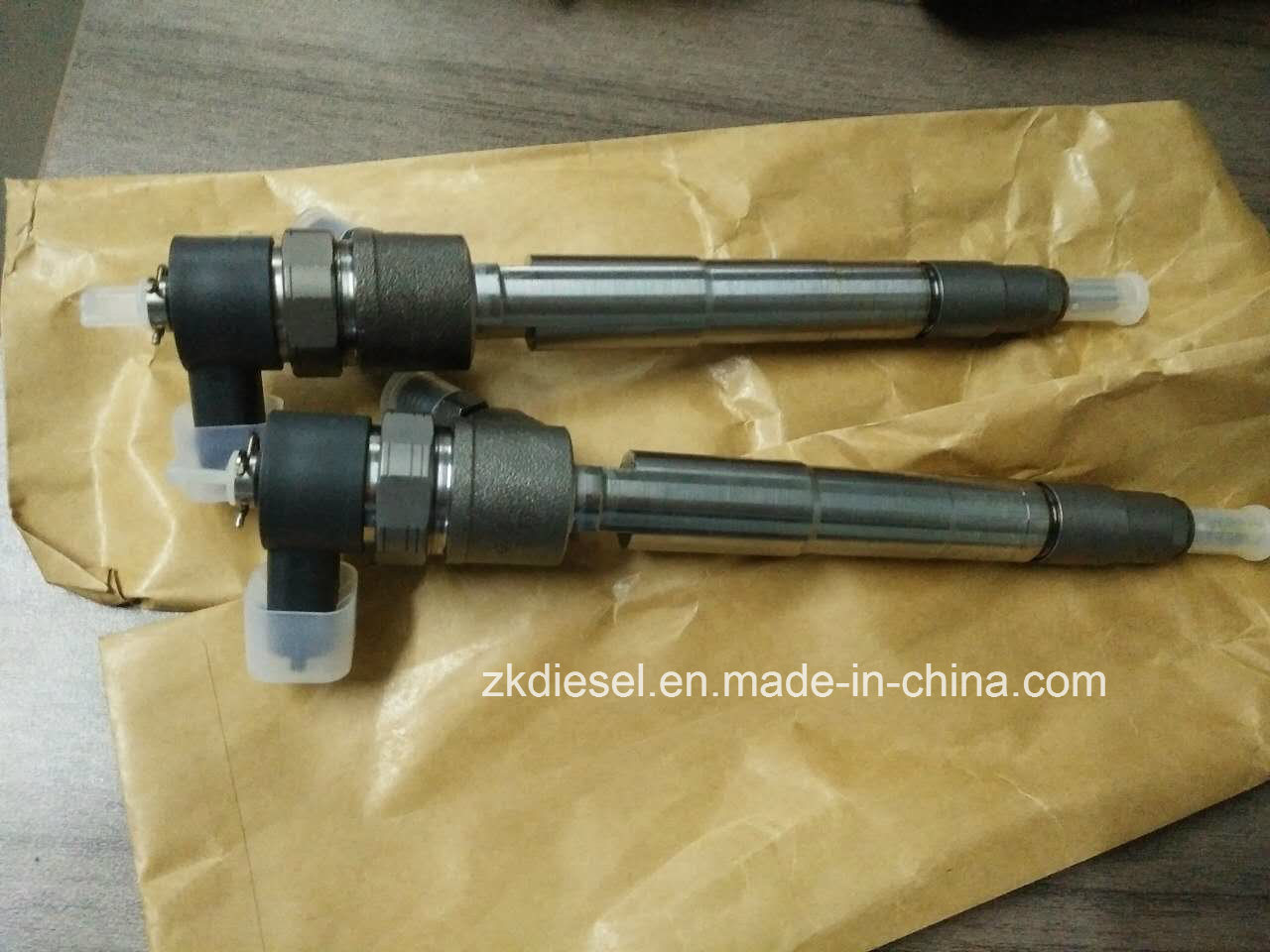 Original/OEM High Quality Diesel Engine Parts Cummins Isf2.8 Bosch Injector 0445110376 0445110594