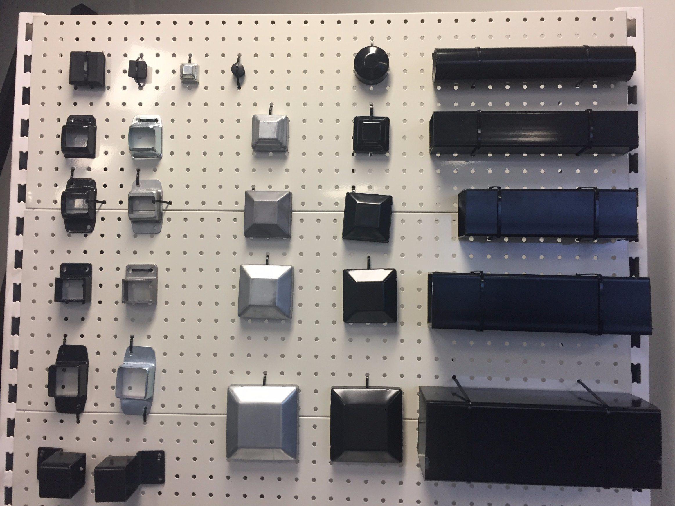 Powder Coated Galvanized Steel Square Fencing Post Cap Component