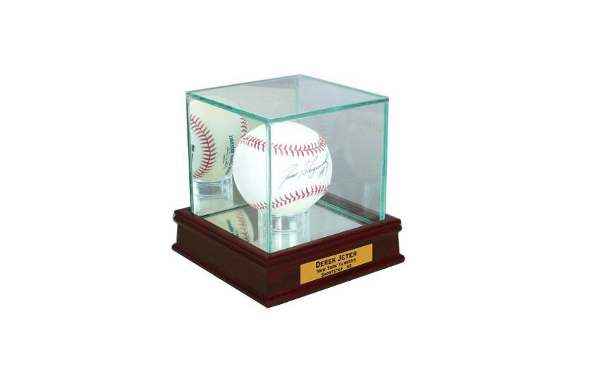 Customize Clear Color Acrylic Memorabilia Display Box