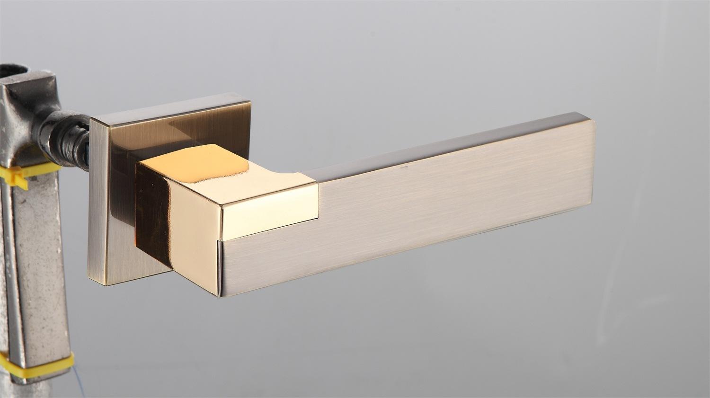 Hot Zinc Alloy Door Lock Handle (Z0-22270 AB-22K)