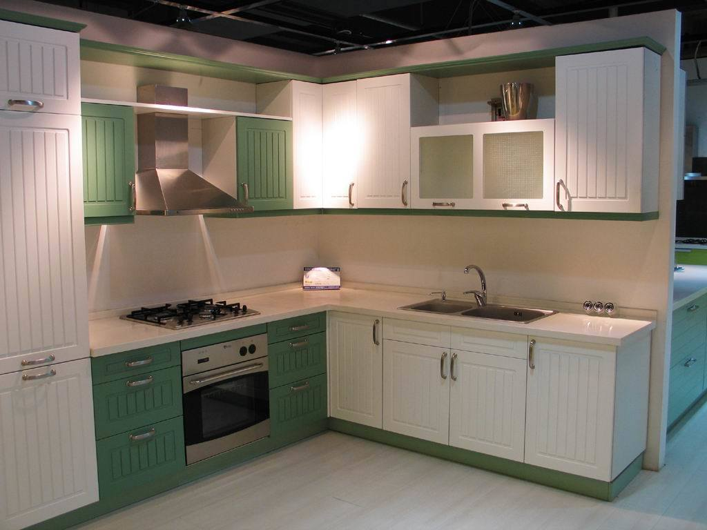China White And Green Color PVC Upper Cabinets And Pantry