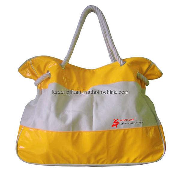 Natural Diva's Summer Beach Bag Essentials! | Young Fabulous & Natural