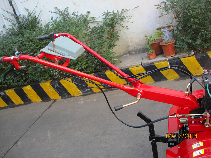 Diesel Rotary Cultivator with New Handle and Tool Bag (1WG6.3-2)