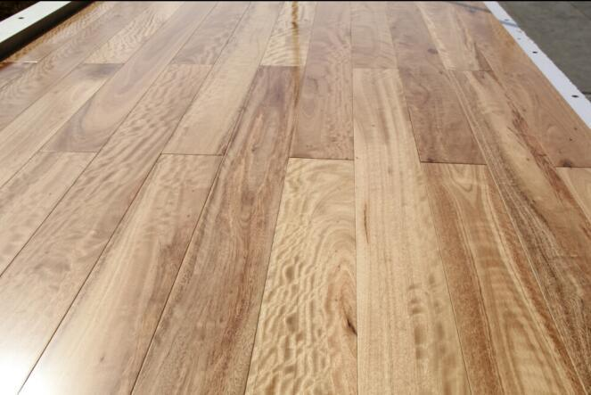Prefinished Engineered Blackbutt Timber Flooring/Hardwood Flooring