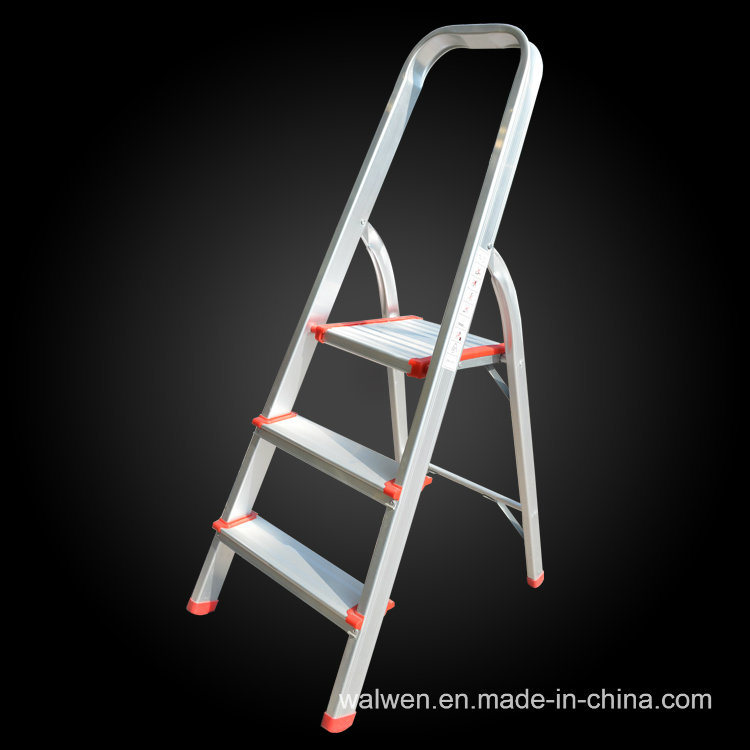 Made in China 4 Step Folding Attic Aluminum Ladder