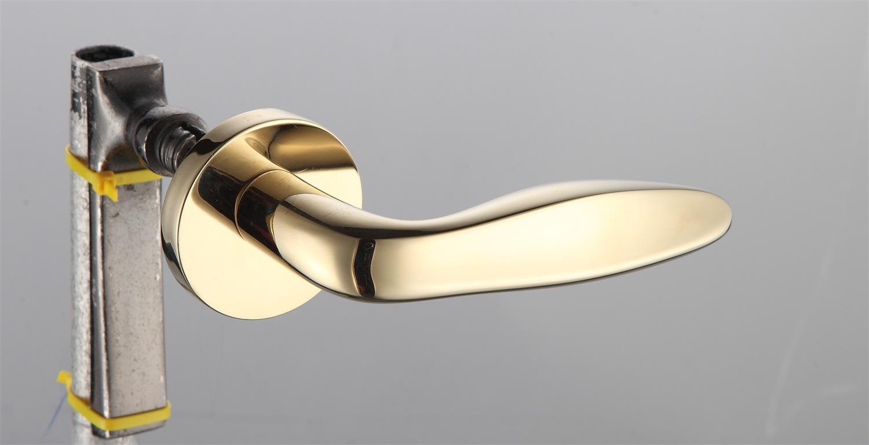 Hot Zinc Alloy Door Lock Handle (Z0-20247PVD)