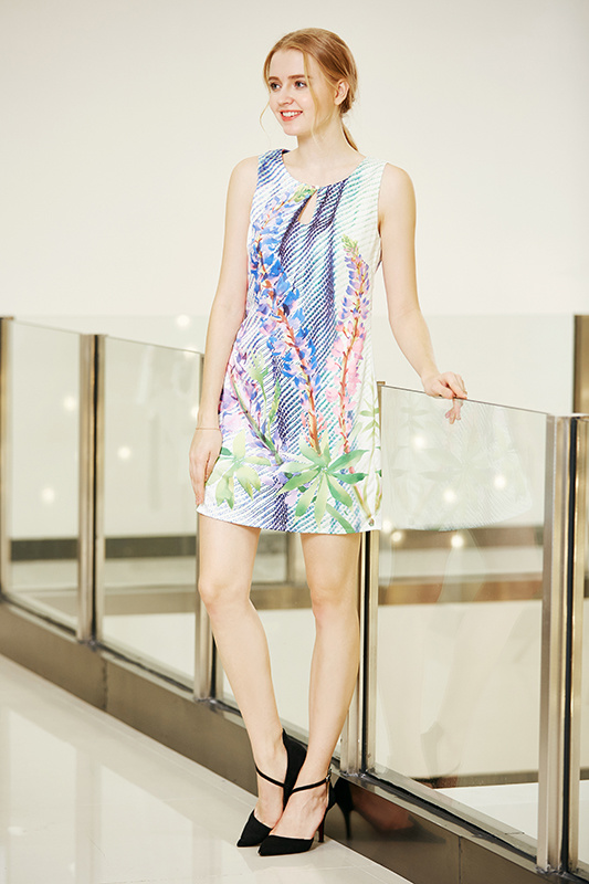 Slim Fit Sleeveless Shift Dress with Front Keyhole in Digital Placement Print Poly Satin Dress