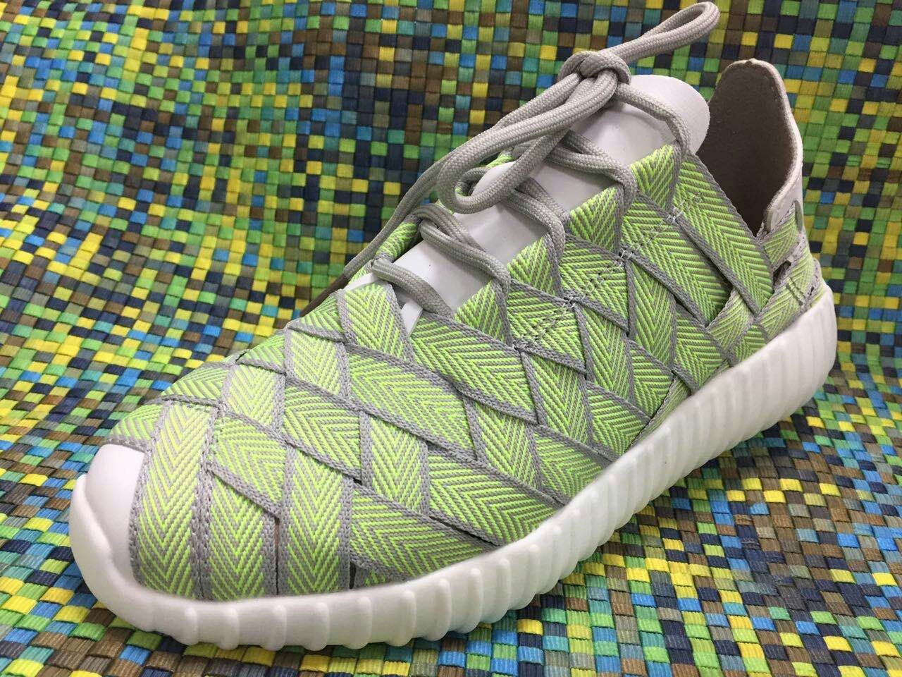 New Design Shoe of Woven Hot Sales Men and Women Shoe