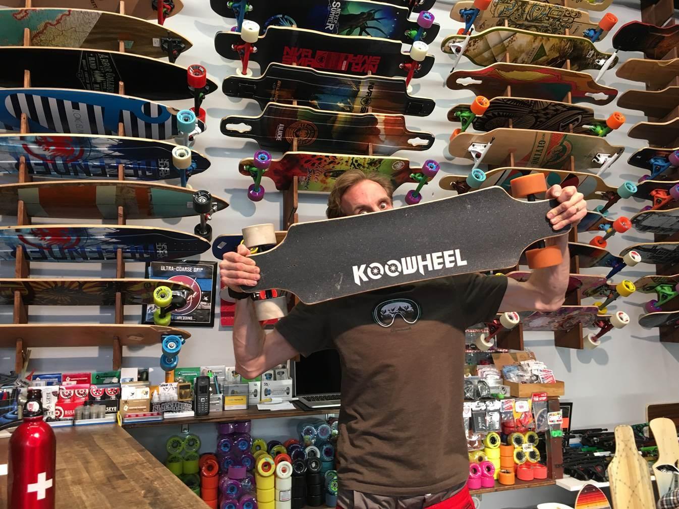2017 High Speed Koowheel Electric Skateboard (D3M) with Dual Hub Motors