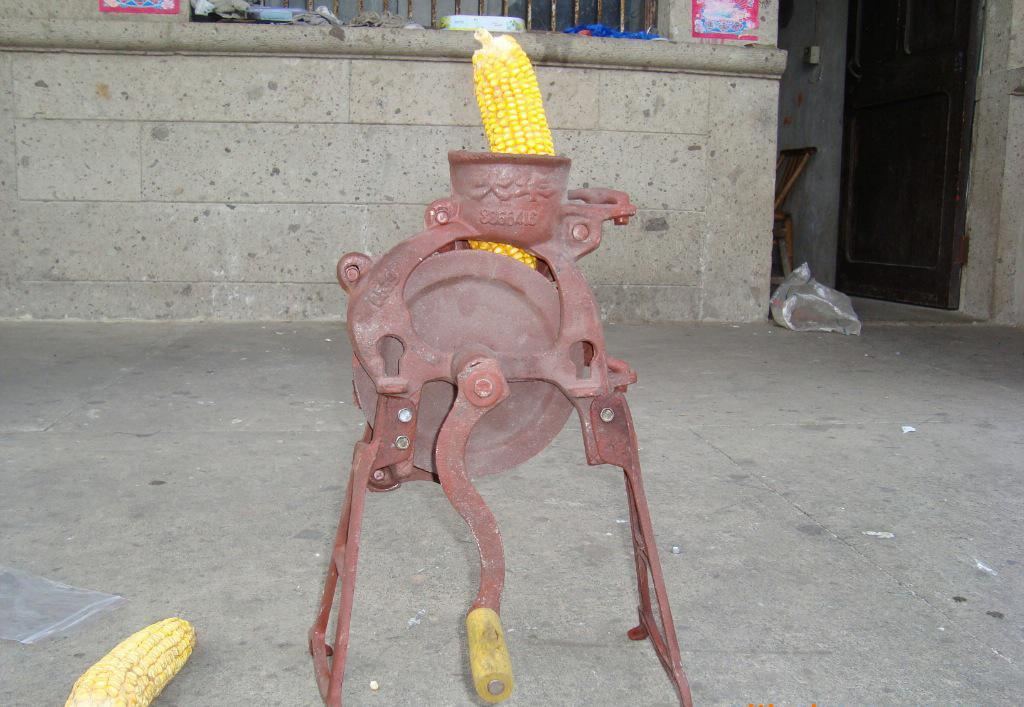 Manual Corn Sheller for Maize Thresher