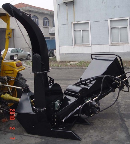 Wood Chipper Bx62r, CE Model, Double Hydraulic Feeding, 1070lbs Weight