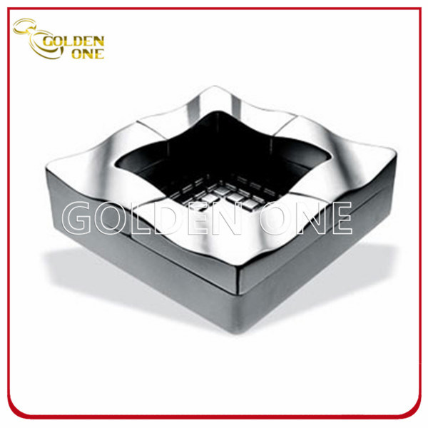 Custom Souvenir Gifts Metal Ashtray with Embossed Logo (SA01)