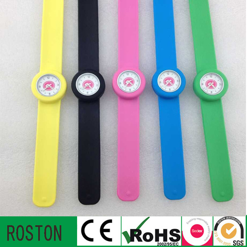 New OEM Japan Movement Kids Watch with Waterproof
