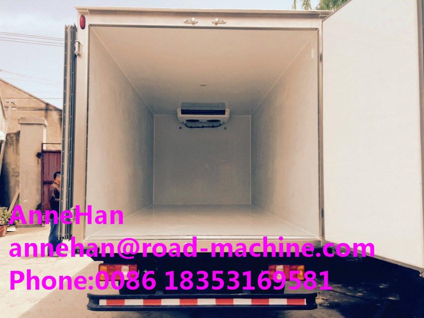 2017 New Model 10t Light Duty Commercial Trucks Refrigerator Freezer Truck of HOWO Brand Sinotruk