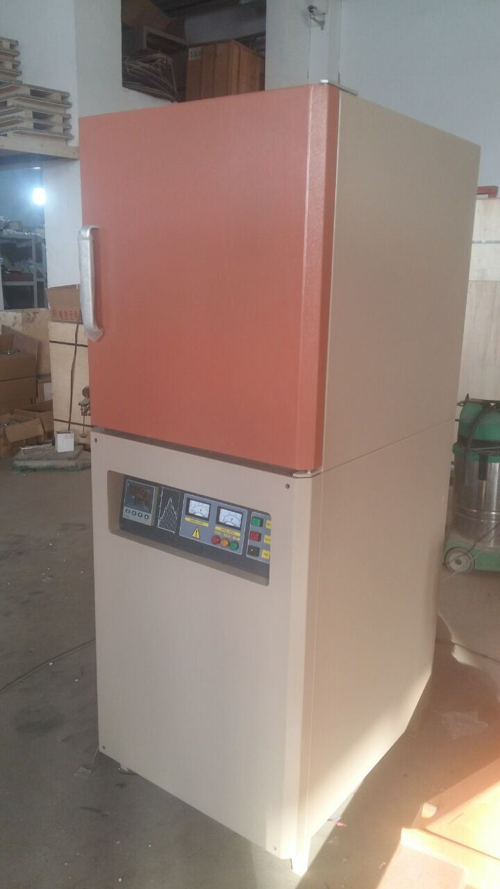 """High Temperature Electric Muffle Furnace (12X12X16"""", 36L up to 1700C max)"""