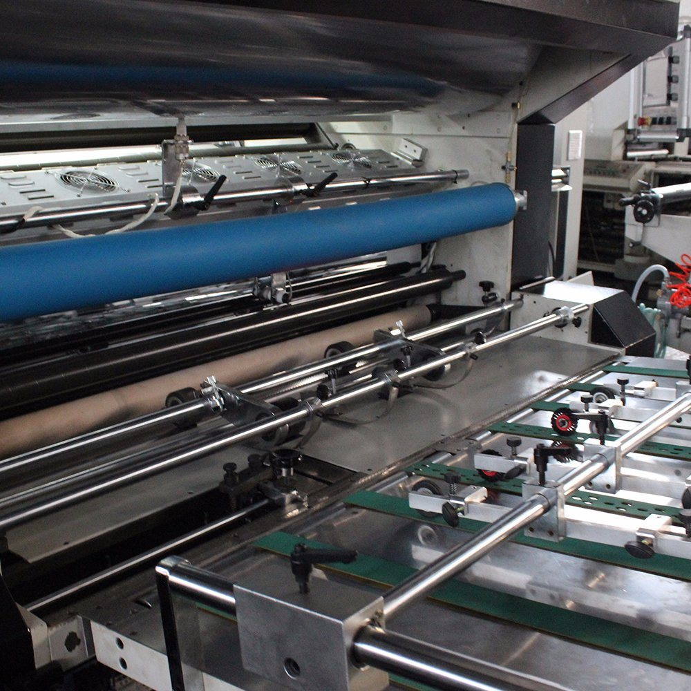 Msfm-1050b Fully Automatic Vertical Type Sheet Paper and Pet PVC BOPP Film Laminating Machine with Chain Knife