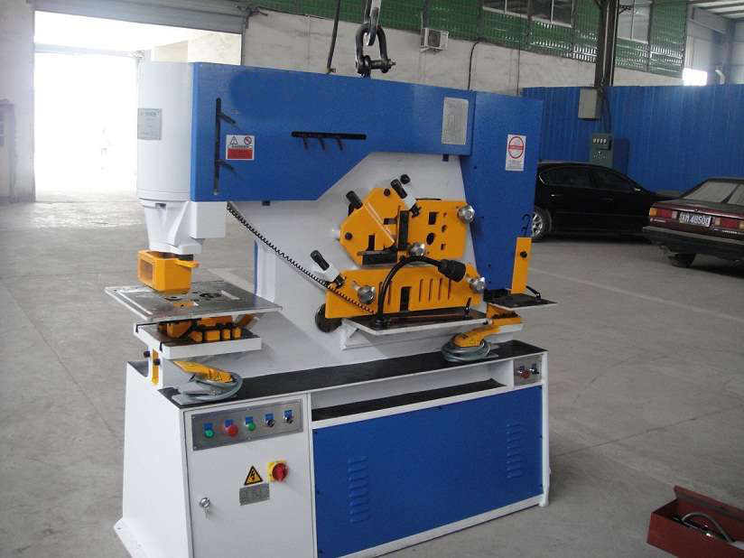 26 Year Factory Bohai Brand Hydraulic Hole Punching Machine, Iron Workers
