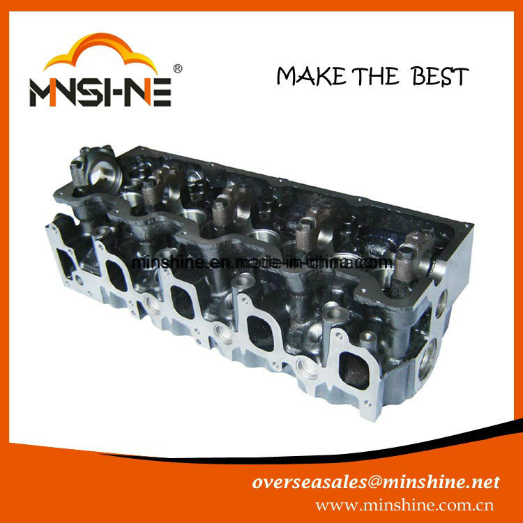 Auto Aluminium Cylinder Head for Toyota 3L