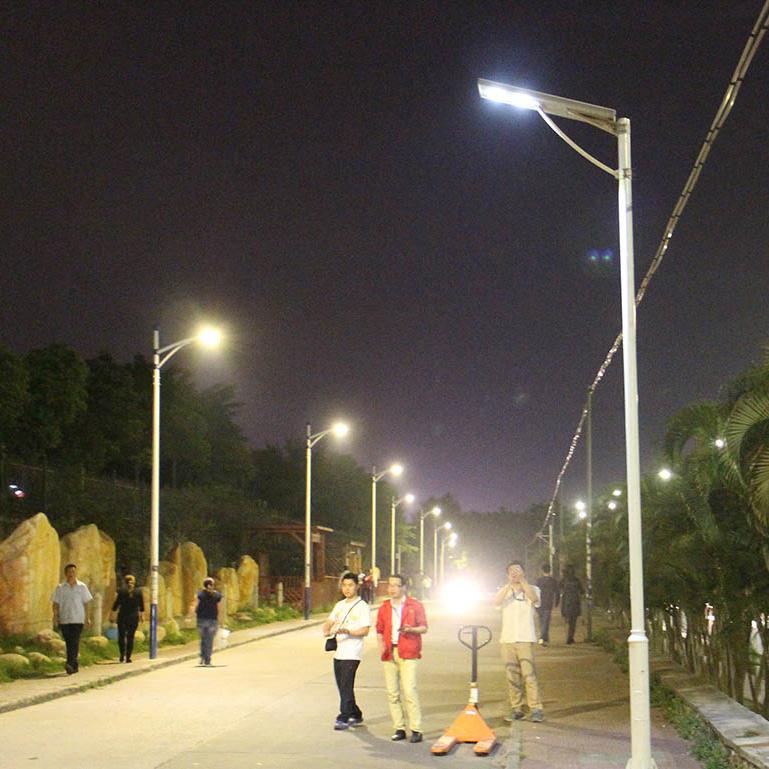 Bluesmart 100W/120W All in One Solar Panel LED Street Lighting Garden Lamp