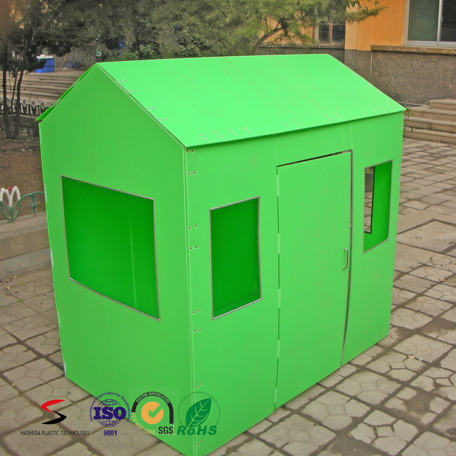 Box Creations Corrugated Play House Kids Portable Plastic Playhouse