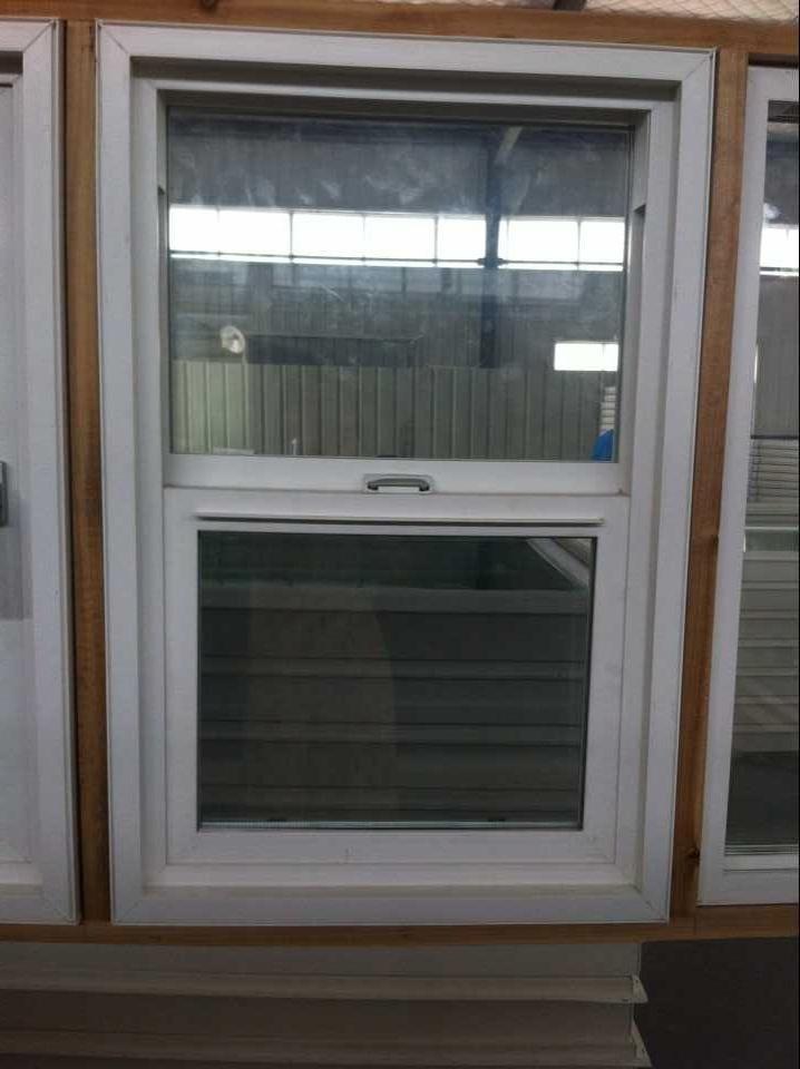 Sliding/Hung/Fixed/Casement/Patio Window and Door Factory