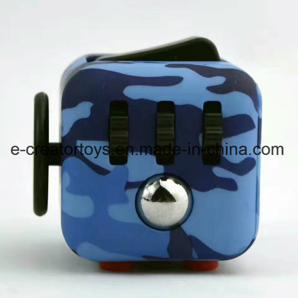 2017 Innovative Product Ideas Anxiety Desk Toy Flipping Fidget Cube