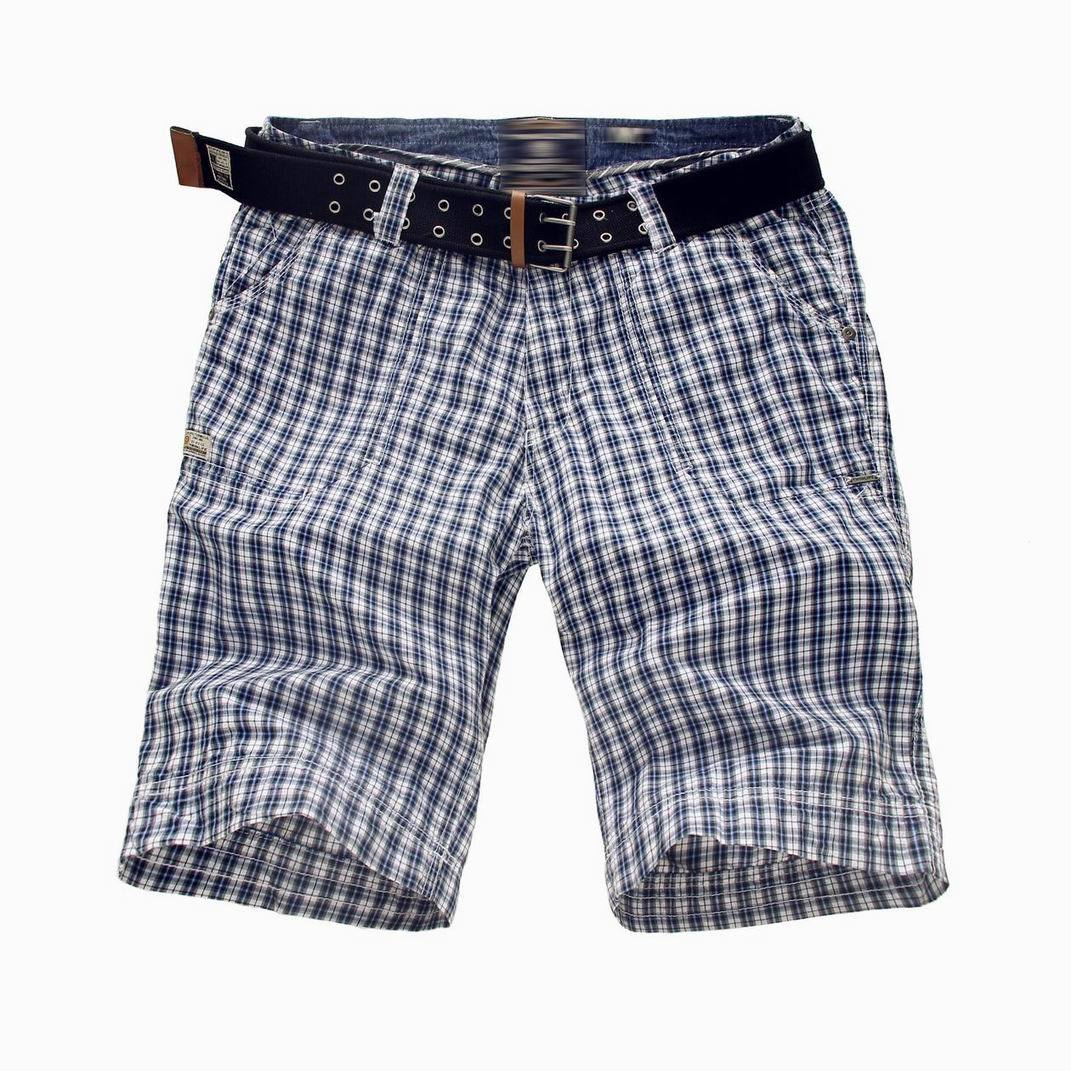 100% Cotton Print Gingham Men′s Shorts with Belt (MBE311215)