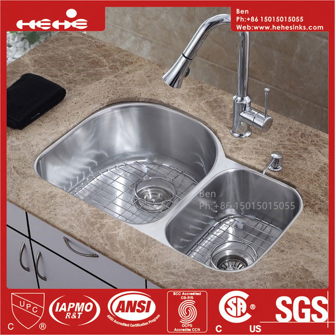 70/30 Stainless Steel Under Mount Double Bowl Kitchen Sink with CSA Certification
